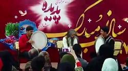 اجرای موسیقی زنده در پد...