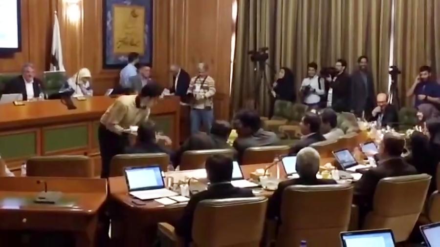 طعنه محسن هاشمی به اولین حضور حسینی مکارم در شورای شهر