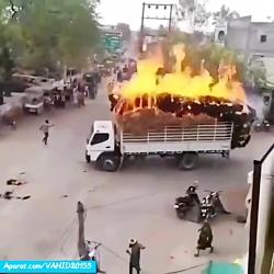 آتش گرفتن ماشین کامیون ...