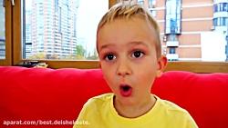 بچه های خنده دار خانواده زمین بازی کودکان - آموزش برای بچه ها