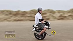 موتورسیکلت برقی تک چرخ؛ انقلابی در دنیای یونی سایکل