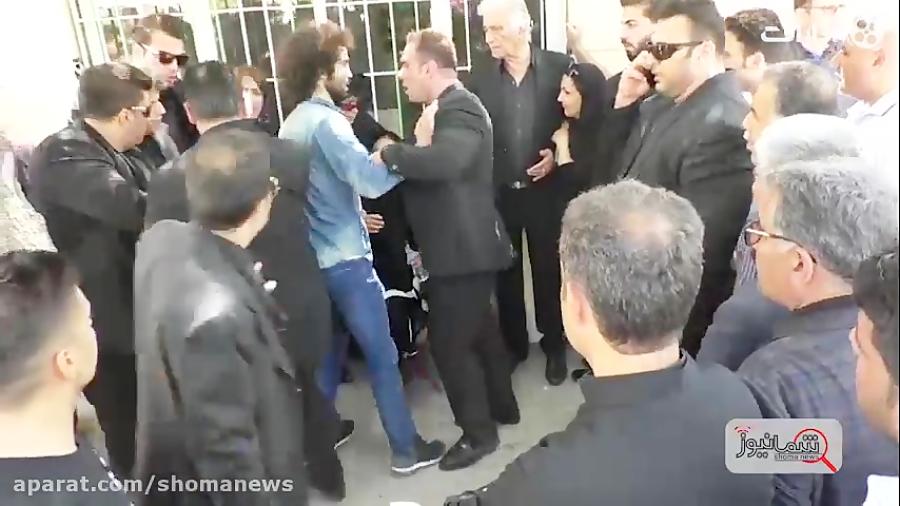 افتضاح عزادارنماها در مراسم تدفین مرحوم ناصر ملک مطیعی