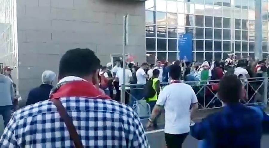 لحظه ورود هواداران تیم ملی ایران به ورزشگاه کازان روسیه
