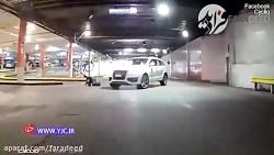 لحظه تصادف دوچرخه سوار با خودروی سواری