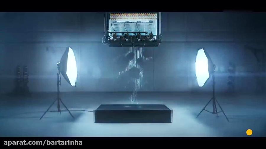 ویدئوی دیدنی از دویدن آب به شکل انسان!