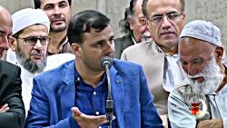 شعرخوانی علی اکبرشاه از هندوستان در دیدار شعرا با رهبری