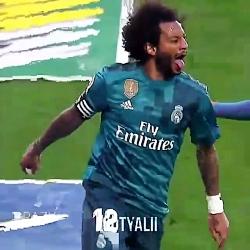 مارسلو.بازیکن برزیل و رئال مادرید.با تکنیک بالا