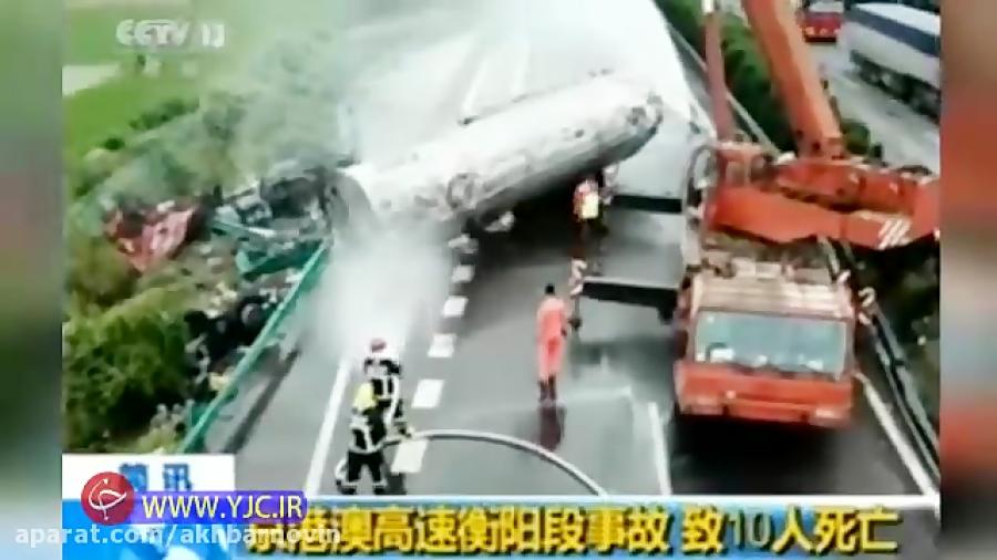 مرگ 18 تن بر اثر برخورد شدید اتوبوس با کامیون