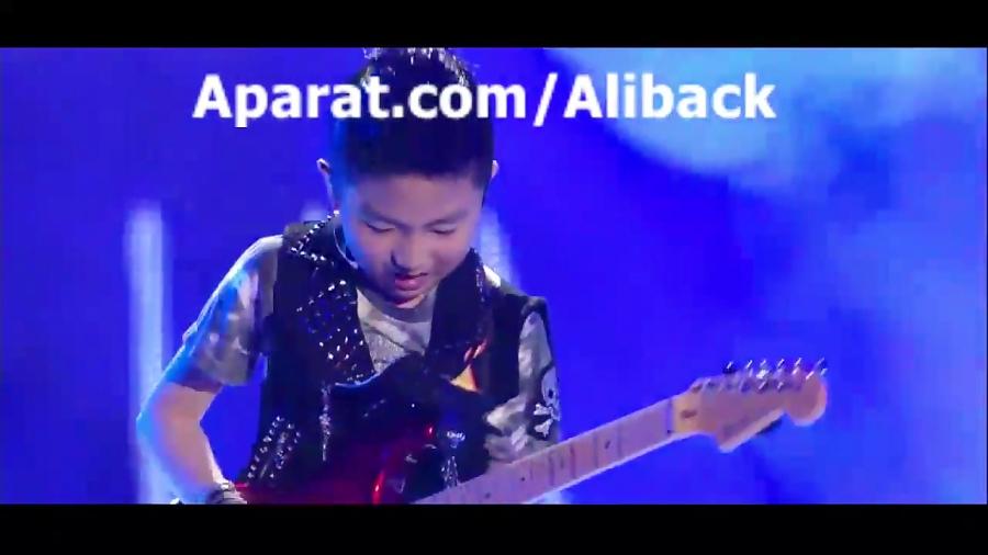 چه گیتاری میزنه پسر 11 ساله ای کره ای در Got Talent Kid