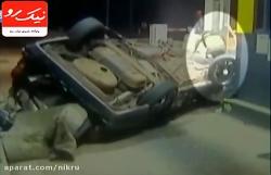 زنده ماندن مرد خوش شانس پس از چپ کردن خودرو