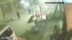جنگ خیابانی در حمله وحشیانه به مردم در هند