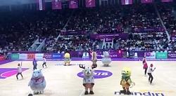 رقص خنده دار زیبا عروسک ها در مسابقات آسیایی