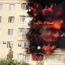 آتش سوزی مهیب در ساختمان