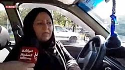 نخستین راننده تاکسی زن در رشت