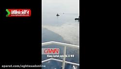 سقوط وحشتناک هواپیما در دریای اندونزی