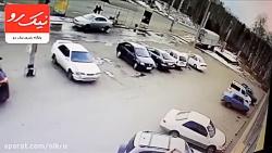 ترمز بریدن یک کامیون به حادثهای وحشتناک منجر شد!