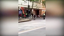 لحظه حمله تروریستی عامل داعش در ملبورن استرالیا!