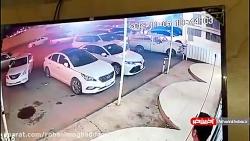 ورود وحشتناک زن سعودی با خودرو به آرایشگاه