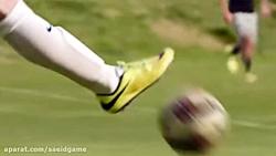 فوتبال با بچه ها ستارگا...