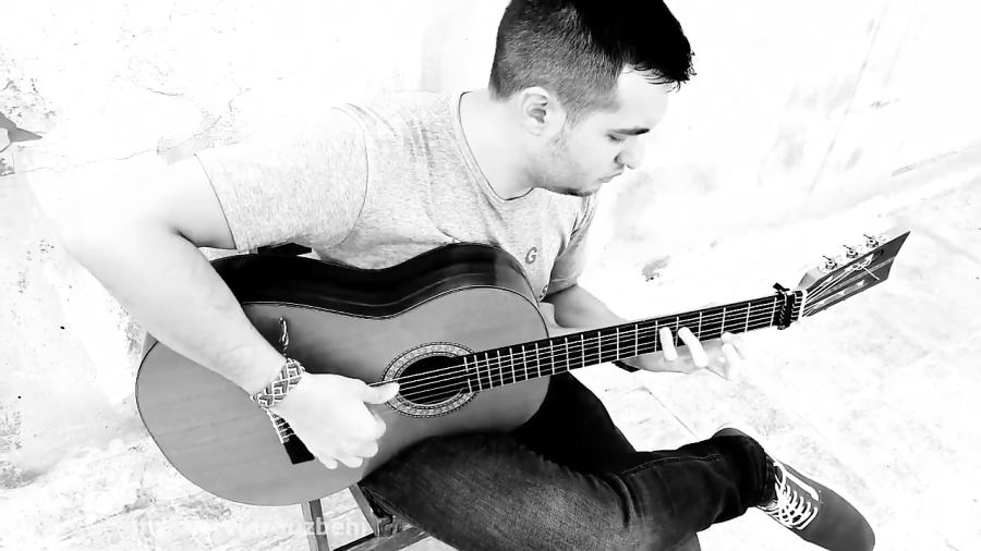 مورنته اثر ویسنته آمیگو (Vicente Amigo ; Morente) گیتار شروین روزبهی.mp4