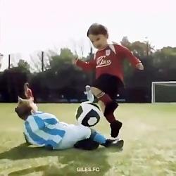 فوتبال جالب بچه ها