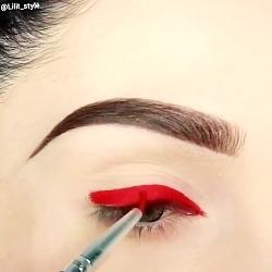آرایش چشم . خط چشم . خط چشم گربه ای . خط چشم زیبا . آرایش . خط چشم مجلسی . میکاپ
