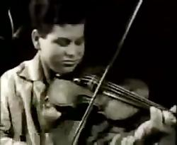 Young Itzhak Perlman Plays Bach Partita No...