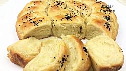 نان روغنی رول شده