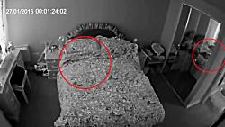 دیده شدن جن واقعی توسط دوربین های مداربستی.واقعی!!!!!+18