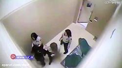 برهنه کردن نظامی سابق زن توسط پلیس آمریکا در بازداشتگاه!
