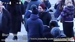 دوربین مخفی واکنش متفاوت مردم در مقابل آزار و اذیت یک دختر با حجاب و بی حجاب