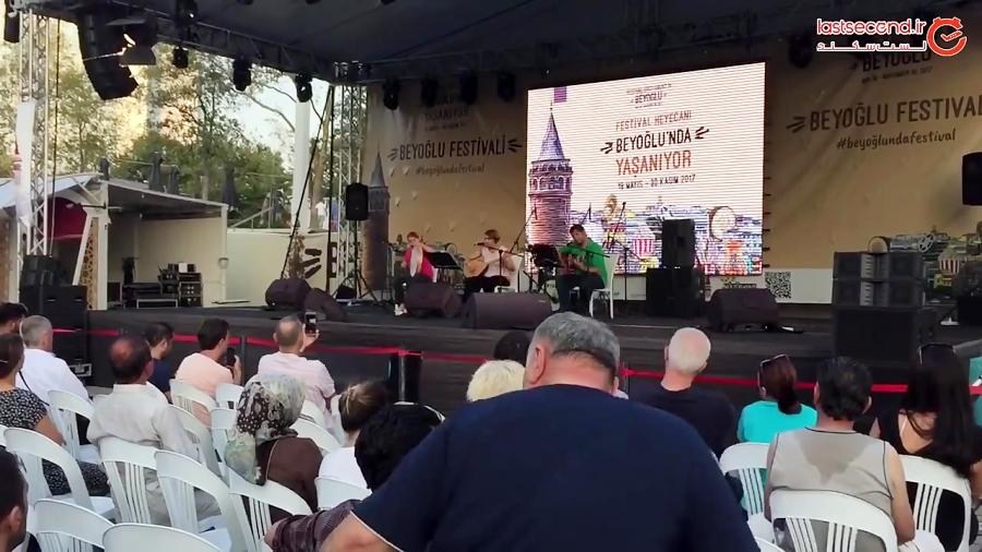 موسیقی خیابانی در میدان تکسیم استانبول
