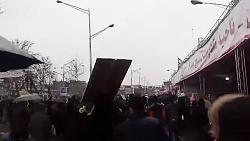 راهپیمایی 22 بهمن مردم تهران زیر باران