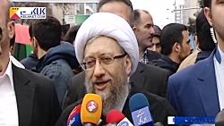 همراهی مسئولین با مردم در راهپیمایی 22 بهمن