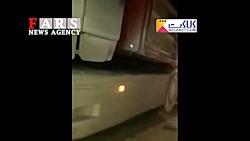 اولین تصاویر از حمله انتحاری به اتوبوس سپاه در سیستان و بلوچستان