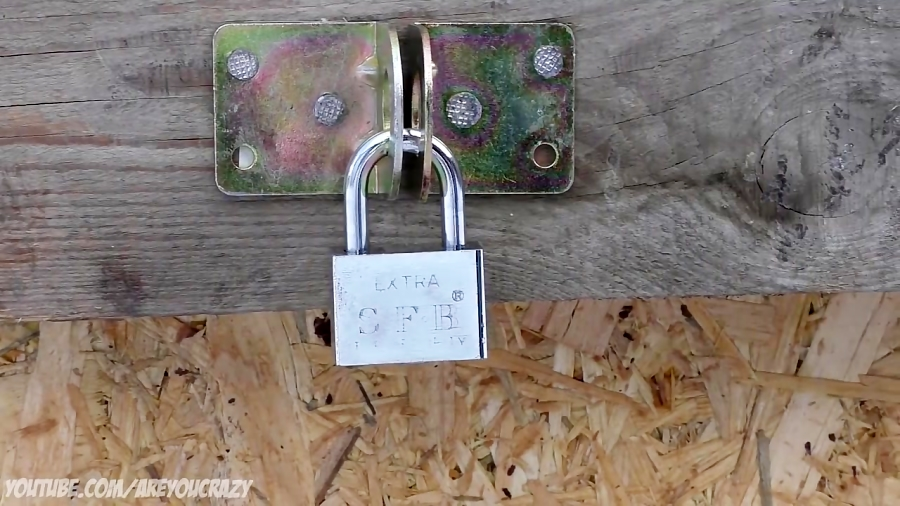 5 Ways To Open a Lock Without Key