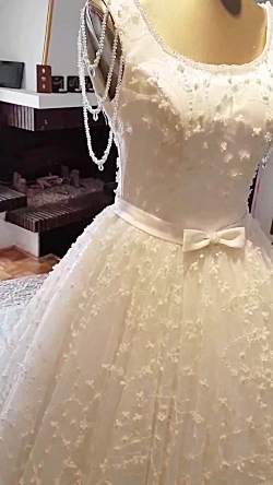 مزون لباس عروس آنیسا دوخت لباس شب ، لباس مجلسی، لباس عروس،لباس نامزدی