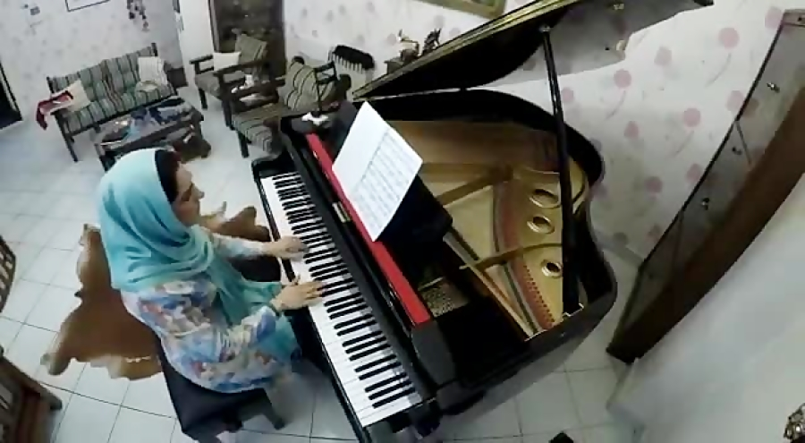 معصومه جواهرینیا مدرس پیانو، دف، تئوری موسیقی