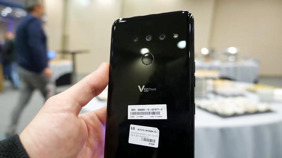 بررسی V50 ThinQ-دو صفحه نمایش در یک گوشی هوشمند!