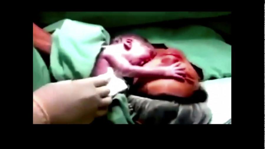 فیلم زایمان طبیعی و گریه حیرت آور نوزاد روز مرگ مادر♥♥♥