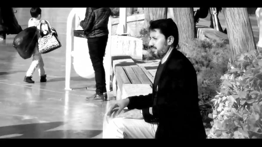 Hossein Naderi Mahdodeh'ei Az Eshgh