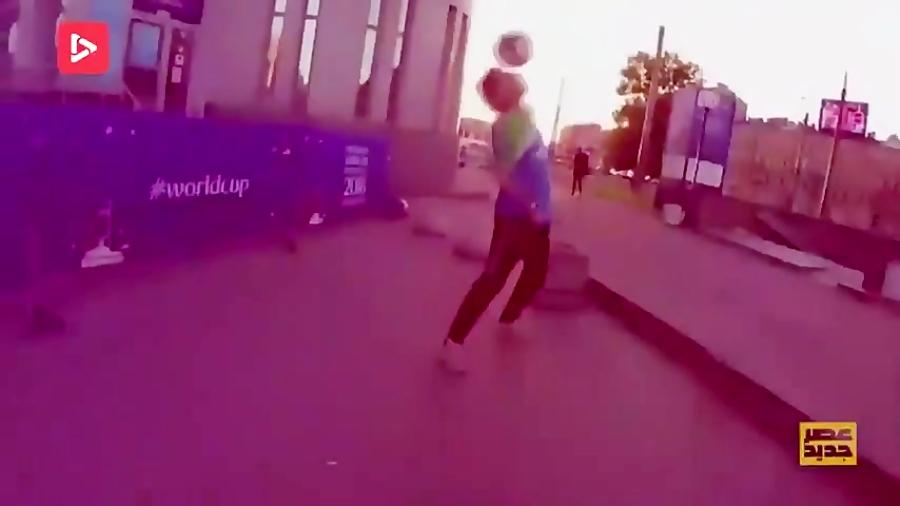 مسابقه عصر جدید - حرکات تکنیکی و مهارت با توپ فوتبال 