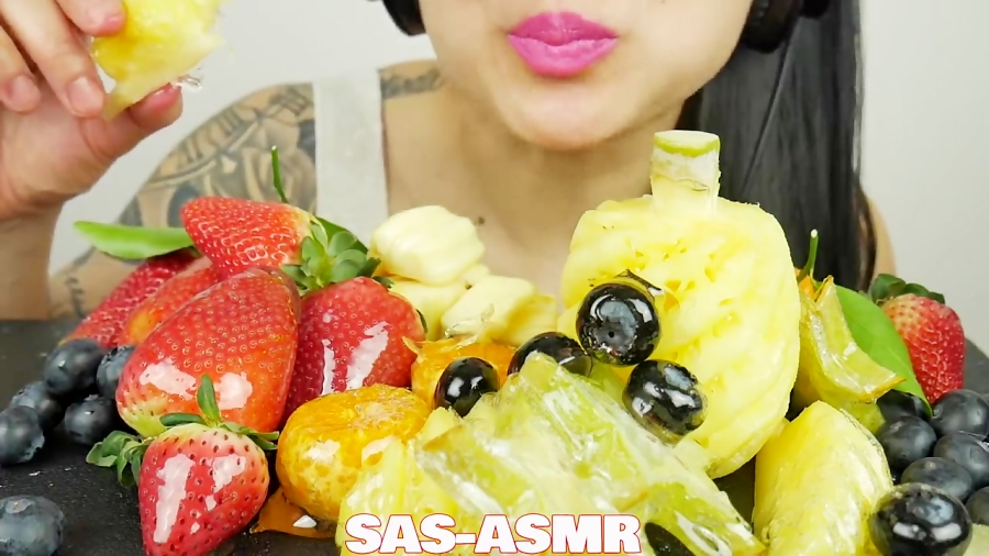 Asmr Candied Tanghulu Fruit Platter Extreme Crackling Eating Sounds No Talkr You'll find a variety of asmr videos covering numerous triggers. آپارات