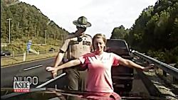آزار جنسی یک زن حین ایست بازرسی توسط افسر پلیس آمریکا