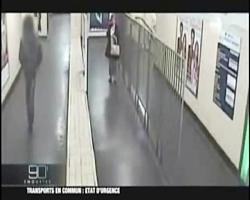تصاویر شوکه کننده از آزار جنسی یک زن در مترو فرانسه