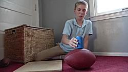 پرتاب رویایی: پنیر بازی - پرتاب تاس روی در بطری
