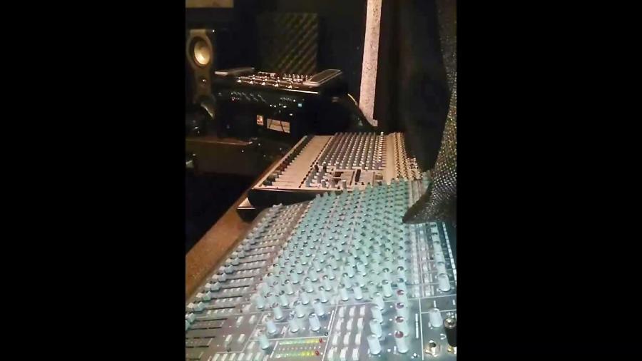 استودیو موسیقی و صدا آوای همنواز
