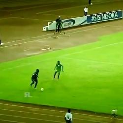 ضربه تکواندو در فوتبال ...