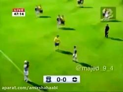 فوتبال بازی کردن شیراز...