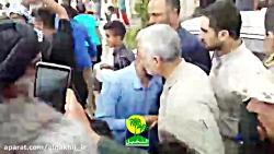 فیلم کامل حضور حاج قاسم سلیمانی در مناطق سیل زده خوزستان